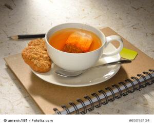 Eine gute Tasse Tee macht Verhandlungen gleich angenehmer